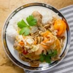 Manman poul ak nwa: Haitian Cashew Chicken